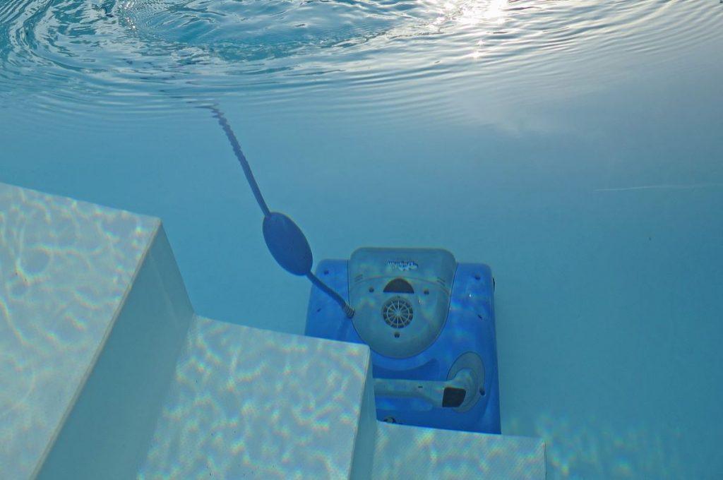 robot de piscine dolphin en marche
